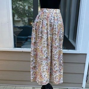 Vintage 80s 90s Highwaisted Prairie Floral Skirt